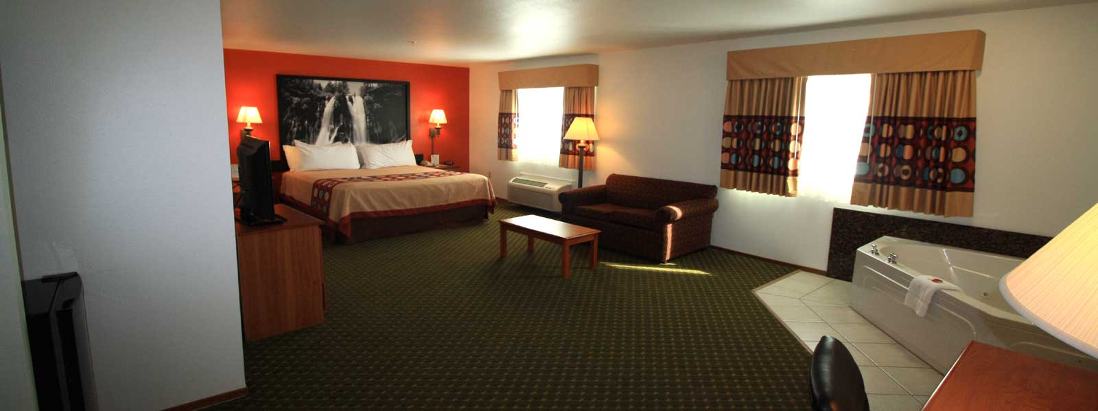 Super 8 Wine Country Sonoma Affordable Lodging In Cloverdale California Clean Comfortable Rooms Newly Remodeled Close